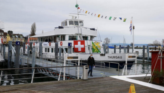 Swiss cruise ship has been converted into a coronavirus vaccination center and can stay in three towns.