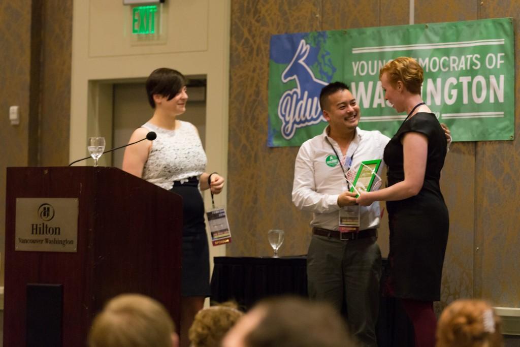 Robin (Ledbetter) Vazquez wins Quarter Life Achievement award