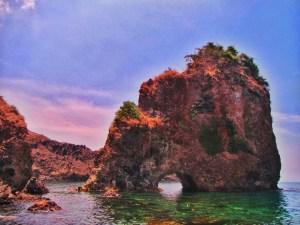 Yehey.com - Nagbintana Arch - Bataan