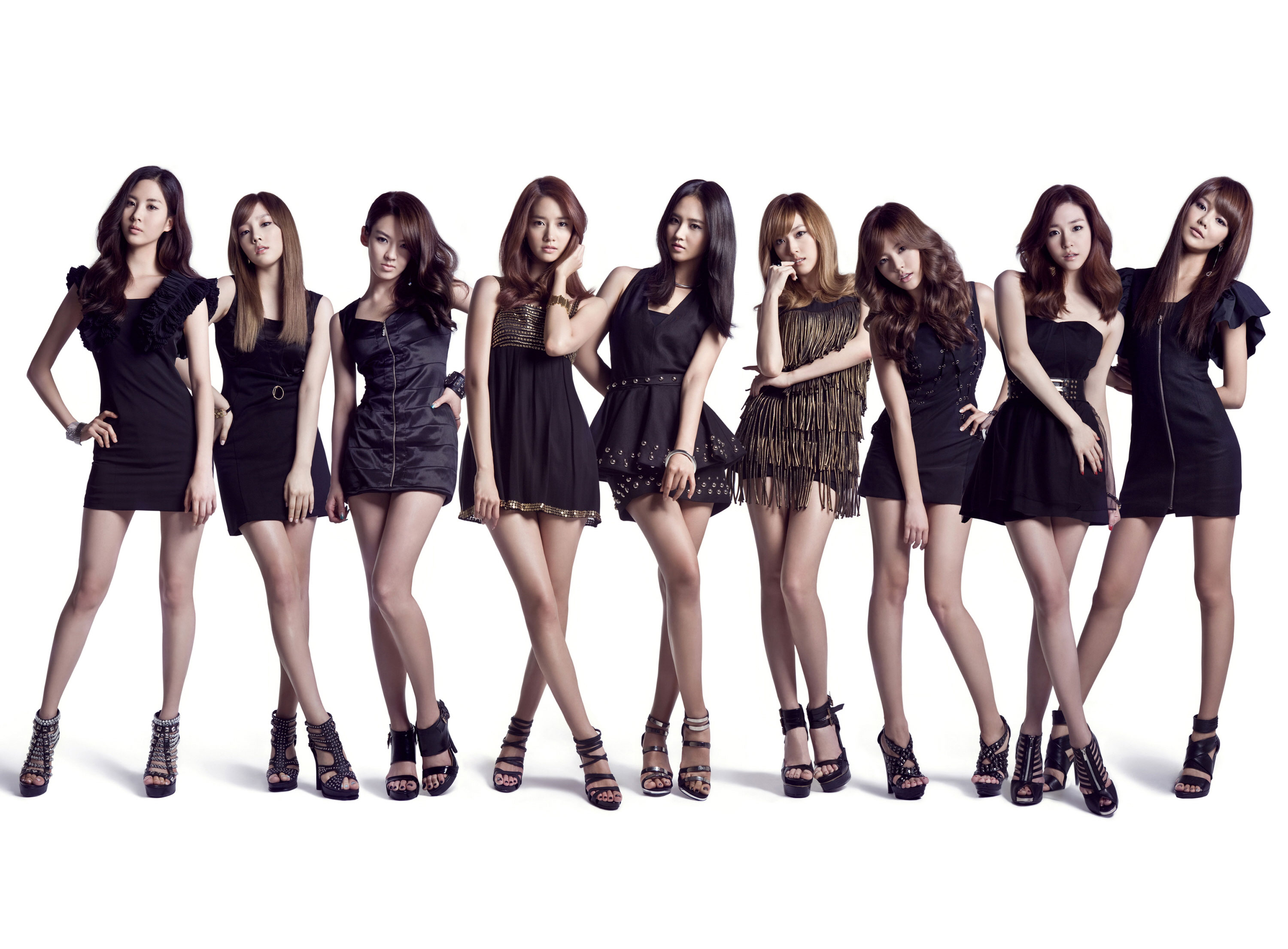 Girls' Generation (SNSD)...dropping new music September 8th,in Japan.