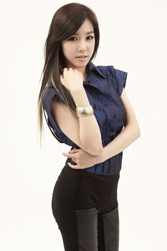 Girls Generation SNSD member Tiffany picture
