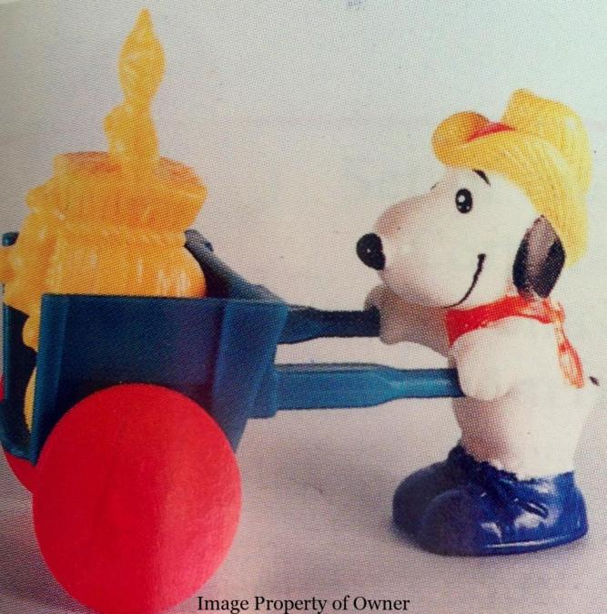 Charlie Brown Farming toys- Snoopy