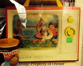Fisher Price music box TV courtesy Too Groovy
