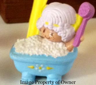 Strawberry Shortcake figurine courtesy Too Groovy