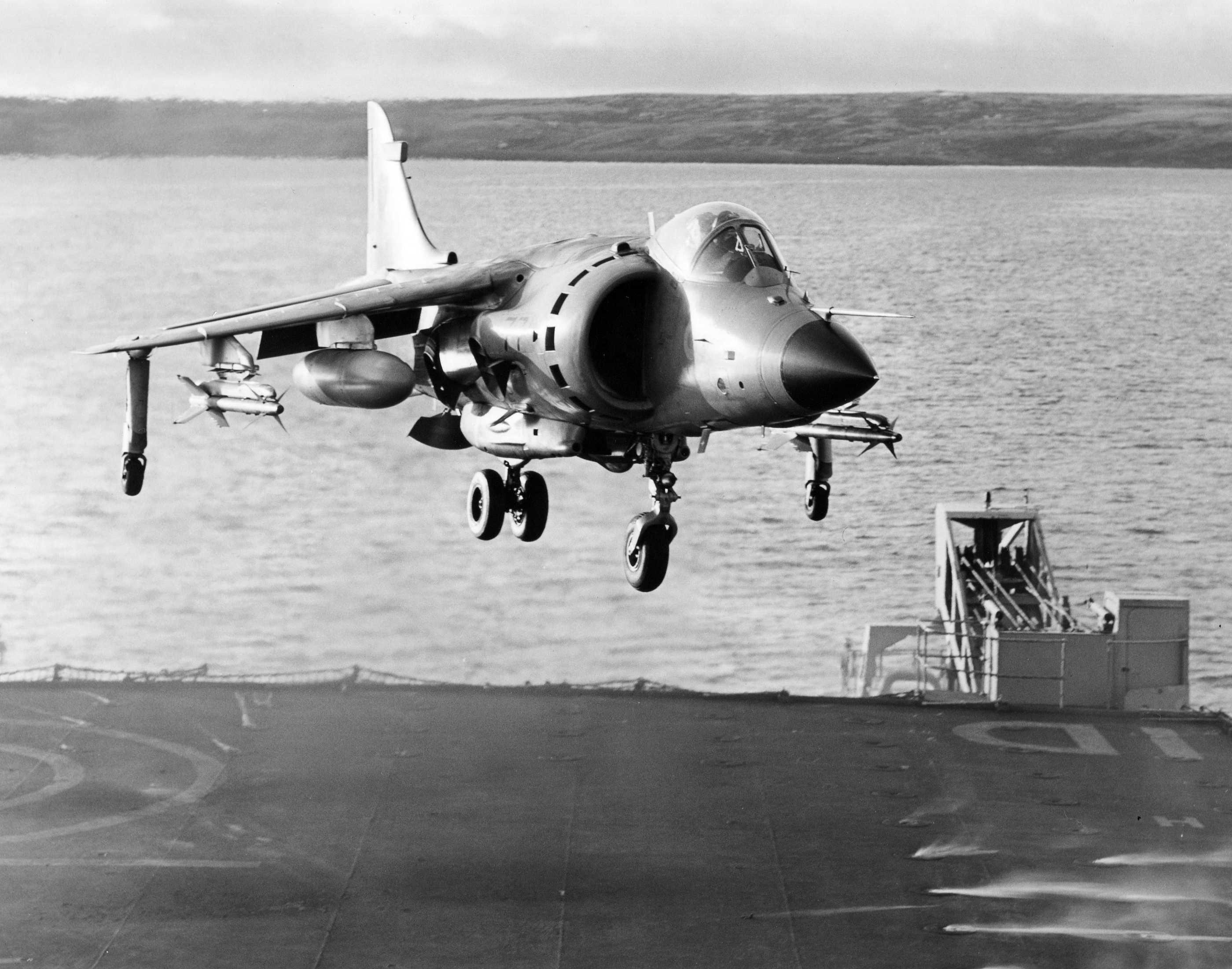 YellowAirplanecom Aircraft of the Falkland Islands