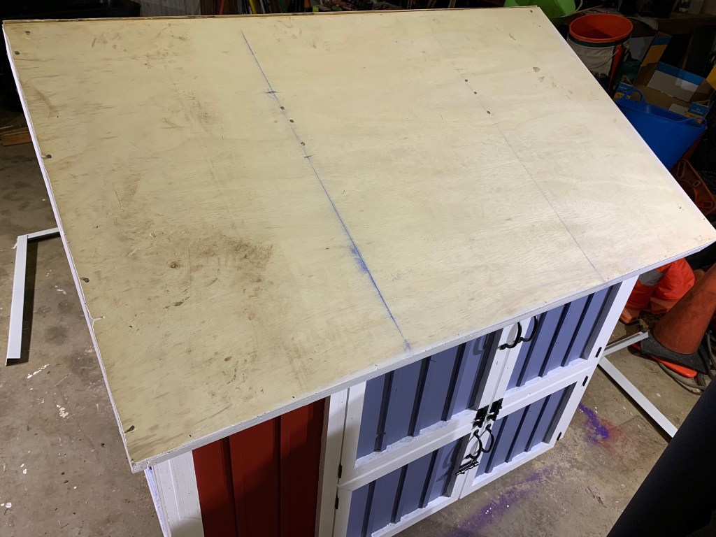 Roof plywood