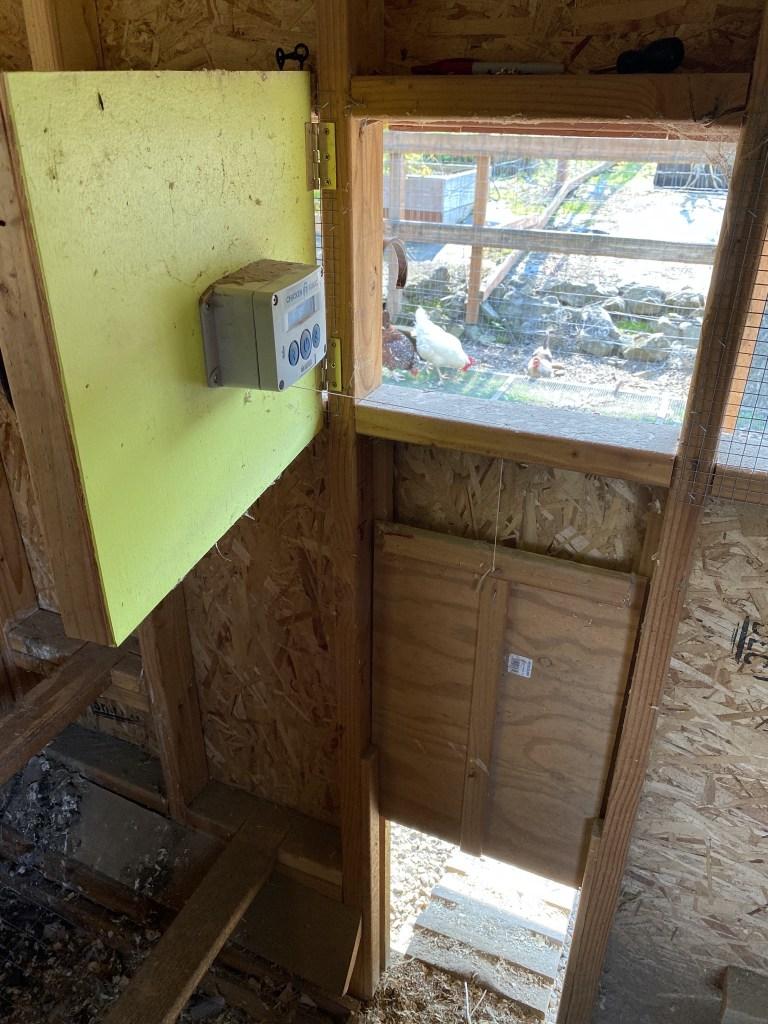 Pop door opener hatch
