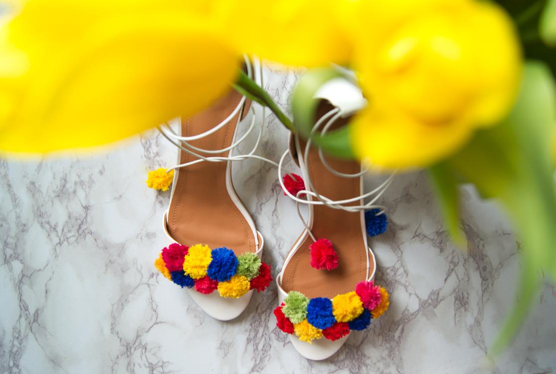 yellowgirl_DIY_PomPom_heels_4