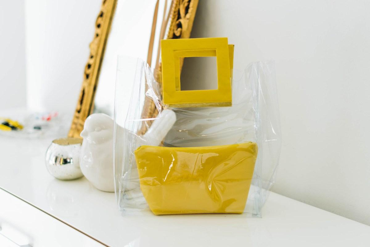 https://i0.wp.com/yellowgirl.at/wp-content/uploads/2018/06/yellowgirl_DIY-transparent-bag-Staud-37-von-47.jpg?fit=1200%2C801&ssl=1