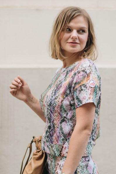 yellowgirl_outfit_monochromer zweiteile marc cain - tasche hugo boss - Slinbacks Zara (14 von 16)