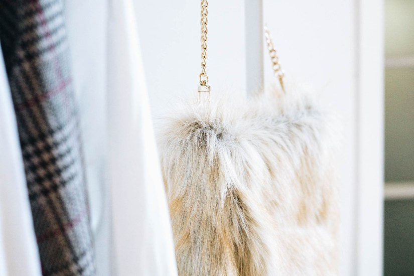yellowgirl_DIY Fake Fur Hobo bag (5 von 6)