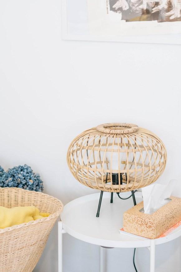 yellowgirl_Wohnzimmerupdate-Lampen-schreibtischsessel-flinders-vitra-bambus (8 von 13)