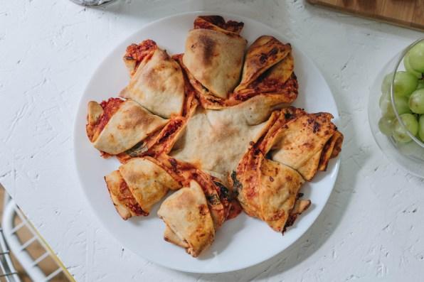 yellowgirl_wie stelle ich ein kaltes fingerfood buffet zusammen (10 von 15)Pizzablumen
