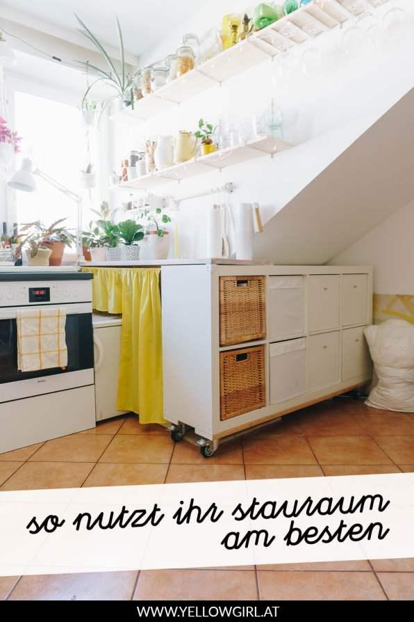 yellowgirl-Dachschrägen-nutzen--DIY-Abstellraum-aus-Regalen-P2