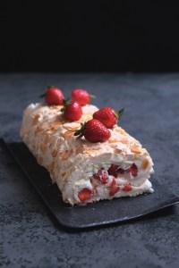 Strawberry meringue roulade recipe