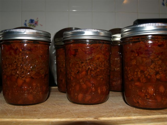 Easy Layered Chili Recipe for Canning (1/5)