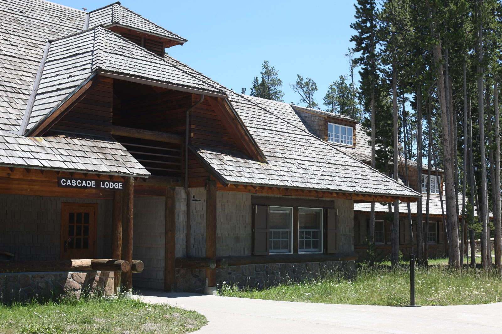 Canyon Lodge and Cabins  Yellowstone Reservations