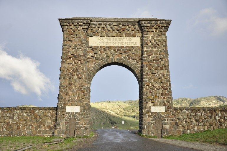 Places to stay near Yellowstone North Entrance