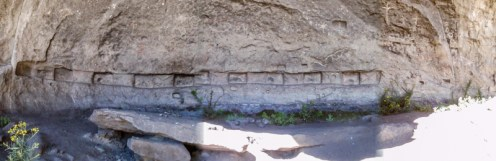 The rock forest has some pre-Colombian sites with stone carvings and rock paintings