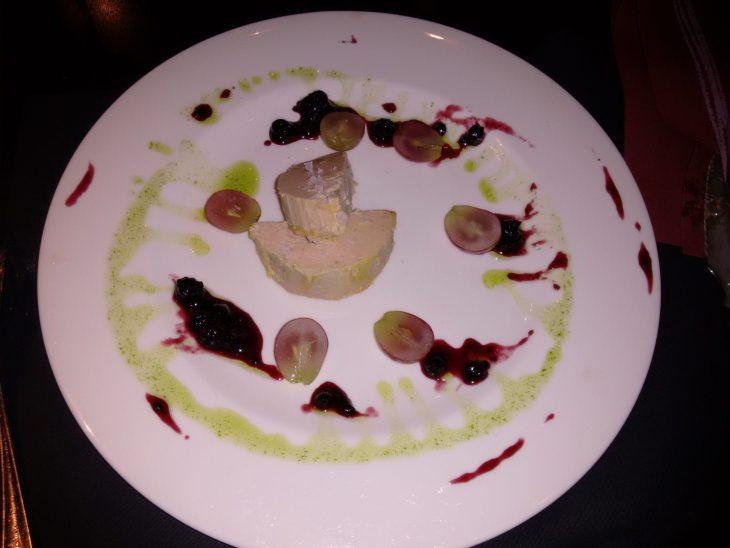 Bloc de foie con confitura de frutos rojos