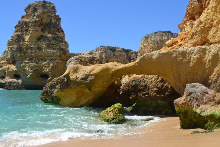 Arco de Praia da Marinha