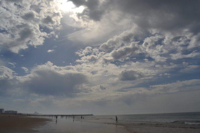 Praia Rocha Baixinha y al fondo la zona de Villamoura