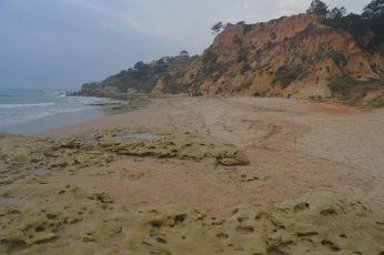 Zona oeste de Praia Barranco das Belharucas