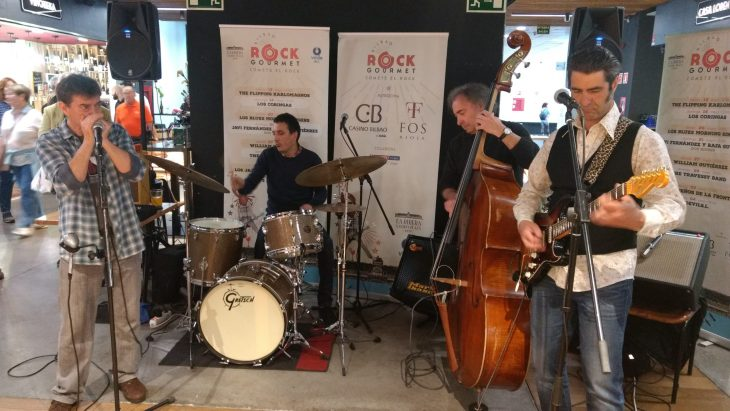 Los Blues Morning Singers en La Ribera Gastro Plaza de Bilbao