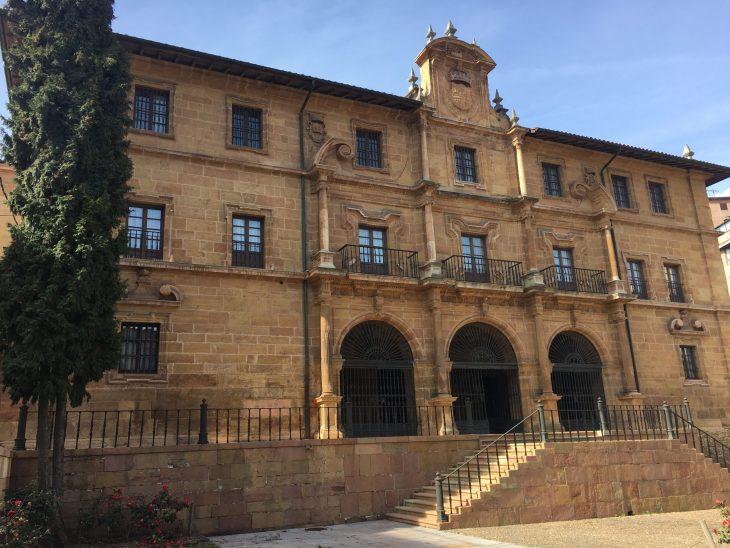 Monasterio de San Pelayo de Oviedo