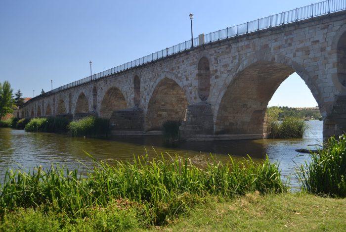 Puente de Piedra de Zamora