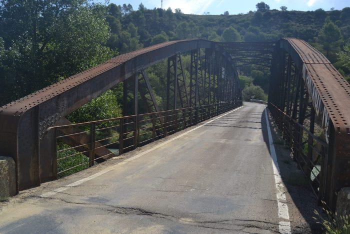 Puente sobre el río Gállego