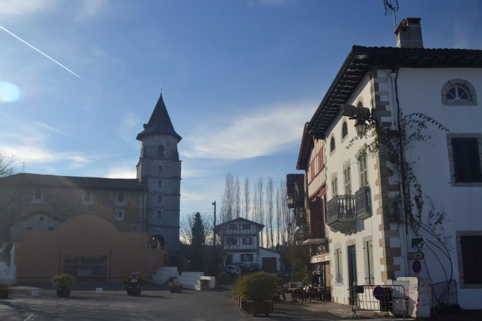 Fronton y Plaza de Ainhoa