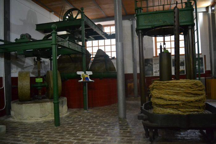 Maquinaria de la antigua almazara