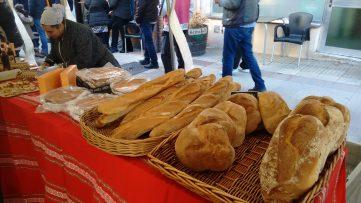 Puesto de pan en Atxondo