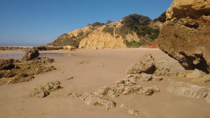 Ruta por el Algarve desde Praia Oura