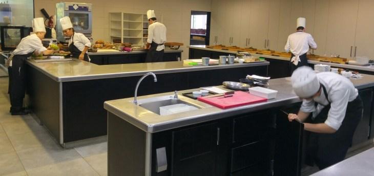 Cocina del Restaurante Azurmendi de Eneko Atxa