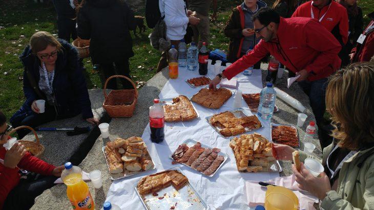 Almuerzo con Hornazos y embutidos caseros