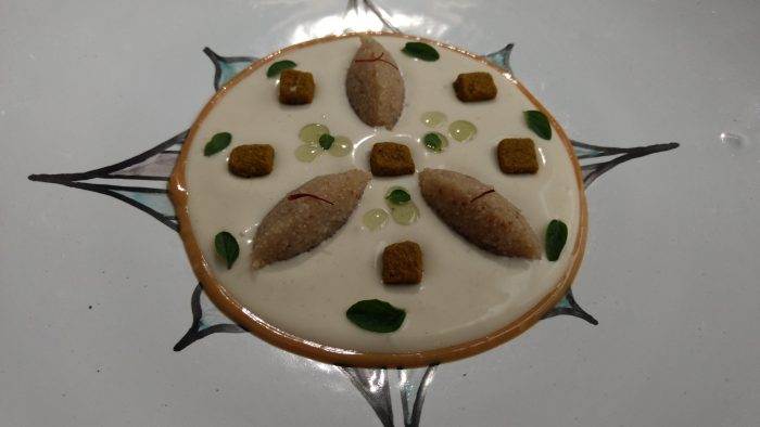 Karim de piñones, melón de otoño, erizo del Sáhara y orégano fresco