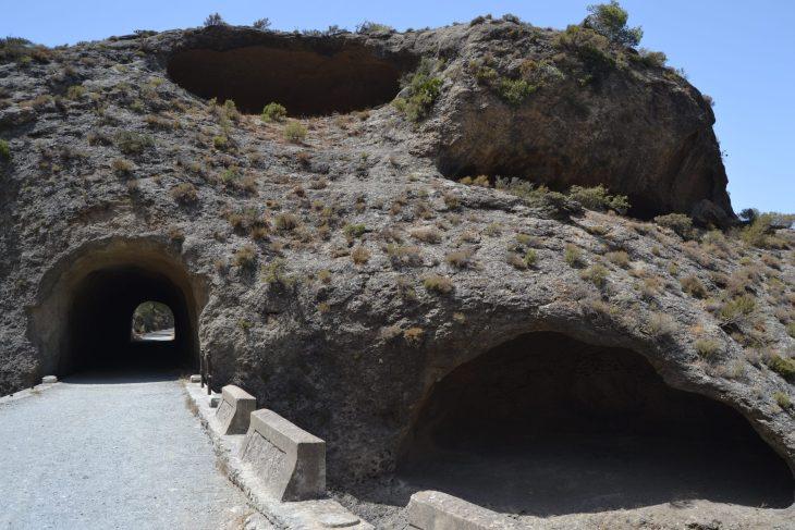 Túnel y el Puente de los Tafonis