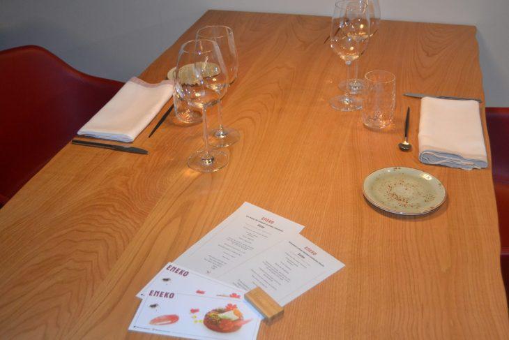 Mesa del Restaurante Eneko de Larrabetzu