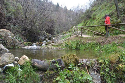Esther en la Senda Río Cerezuelo