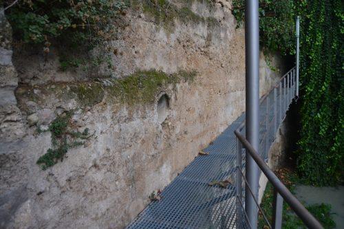 Entrada a la Bóveda del río Cerezuelo