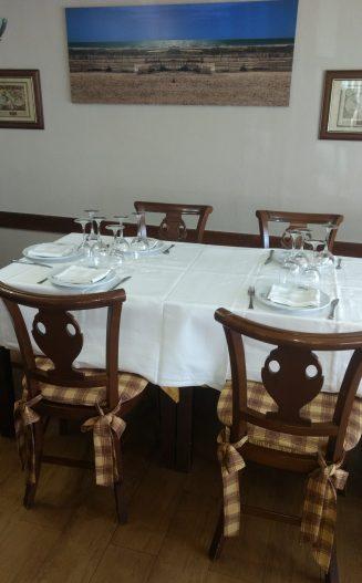 Comedor de el Mesón El Cid de Villarcayo