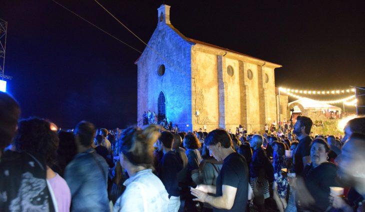 Público en el Mundaka Festival 2018