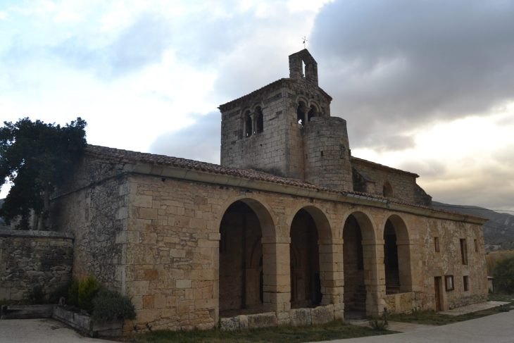 Iglesia de San Miguel en Valdenoceda