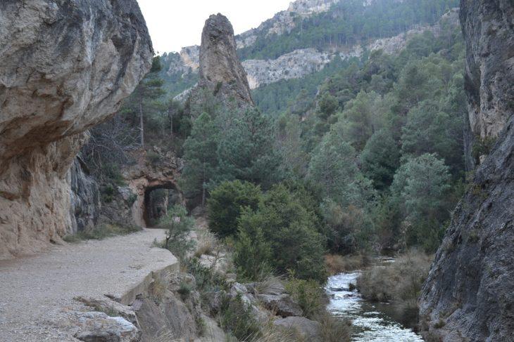 Túnel de la Ruta por las pasarelas del Parrizal de Beceite