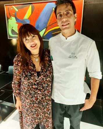 Abel Corral, chef del Hotel Domine Bilbao, con Esther