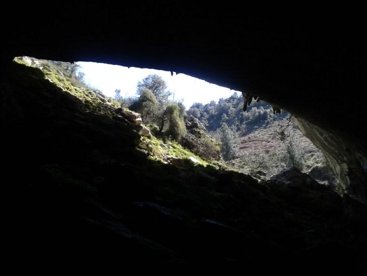 Portalón de las Cuevas de Baltzola