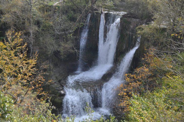 Cascada de Peñaladros en Las Merindades
