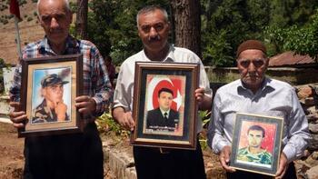 Türkoğlu'nda 3 Kardeşin 3 Oğlu da Askerden Geri Dönmedi